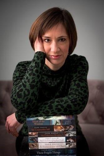 Jane Davis author image 2